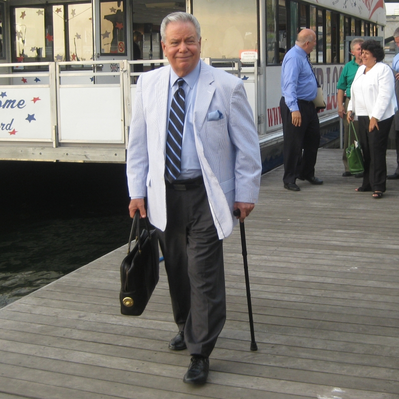 John Gough exiting the Riverloop on the Walnut Street Dock